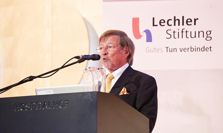 Der Vorsitzende des Stiftungsrats und Urenkel des Stiftungsgründers Herr Walter Herwarth Lechler berichtet über die Stifterfamilie und die Entstehung der Stiftung.