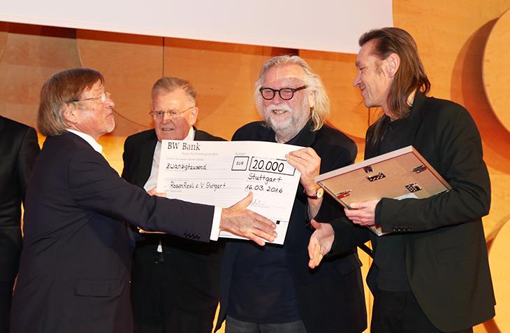 Scheckübergabe an RosenResli e. V. Stuttgart.