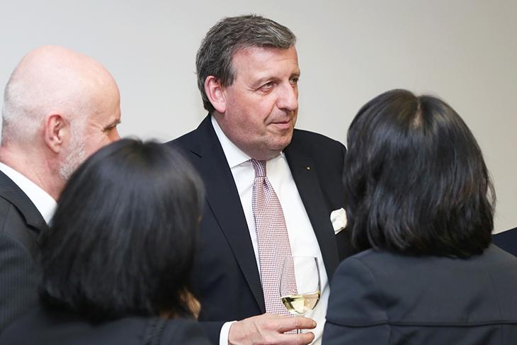 Herr Dr. Stefan Wolf, Vorstandsvorsitzender der elringklinger AG.